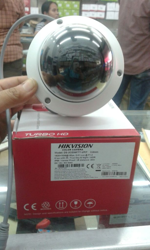WhatsApp-Image-2017-10-25-at-13.25.48-20-614x1024 Camera CCTV Hikvision Indoor 3 MP - Vandal Proof